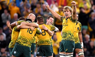 Los australianos celebran su triunfo sobre los All Blacks. / Foto NZRU