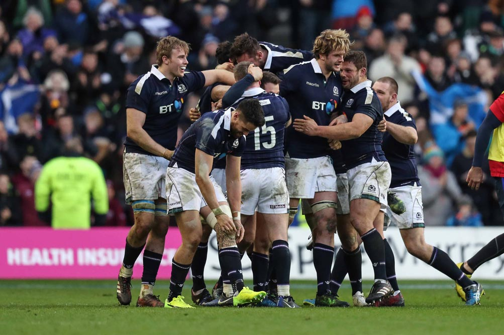 The Scotland team celebrate at the final whistle 4/2/2017